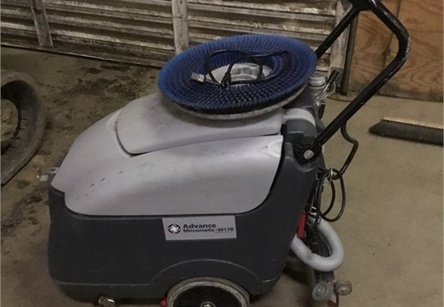 Advance Micromatic Floor scrubber